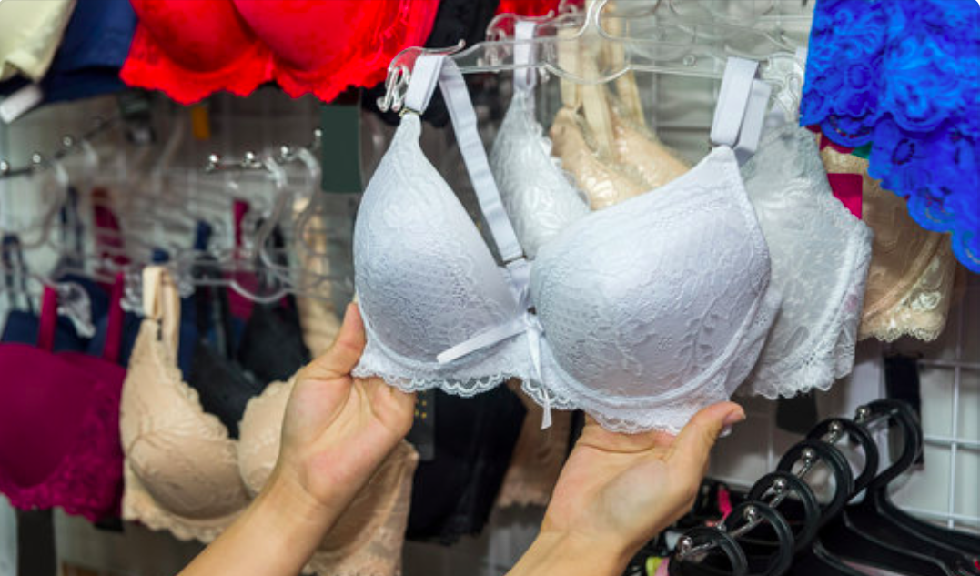 Sister Sizing: Our Favorite Bra Shopping Hack